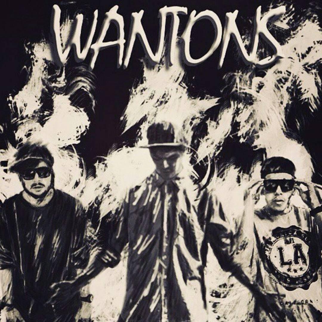 دانلود فول آلبوم وانتونز + تک آهنگها